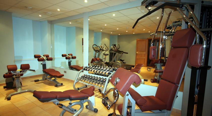 Fitnessruimte van Hotel Caesar in Praag