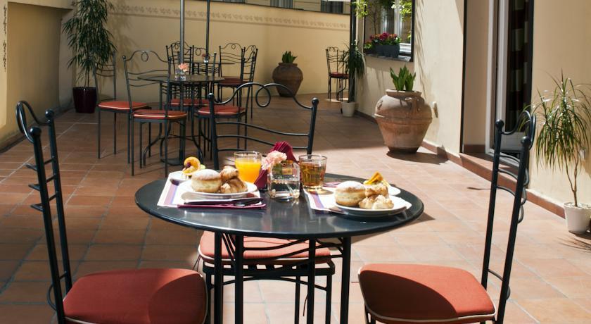 Ontbijt van Hotel Caesar in Praag