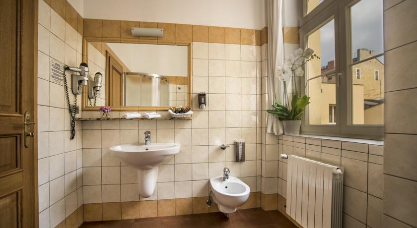 Badkamer van Hotel Caesar in Praag