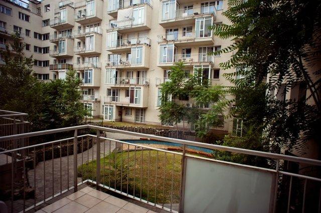 Balkon van een studio of appartement van Aparthotel Agape in Budapest