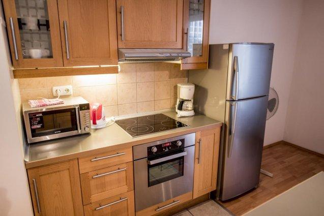 Keuken van een appartement of studio van Aparthotel Agape in Budapest