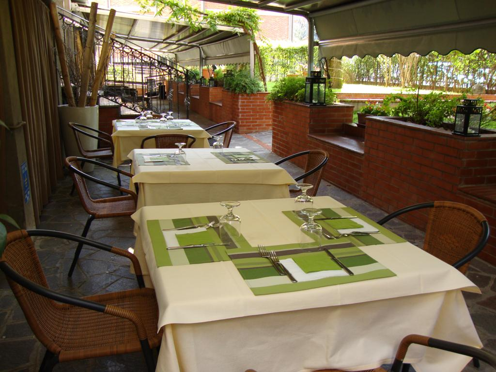 Terras van Eco-Hotel La Residenza in Milaan