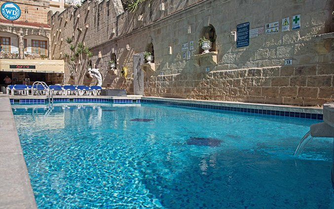 Zwembad White Dolphin Holiday Complex op Malta