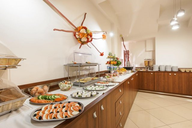 Ontbijtbuffet van Hotel Alexander in Krakau