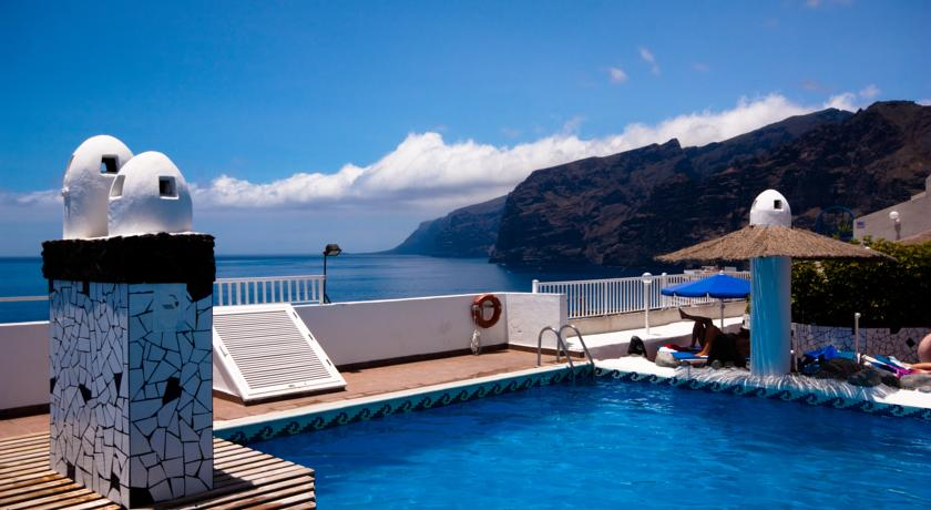 Zwembad met uitzicht van Appartementen Vigilia Park Tenerife