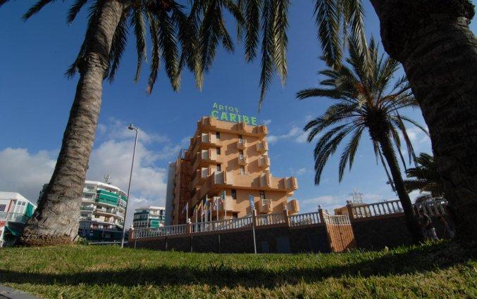 Vooraanzicht van appartementen Caribe