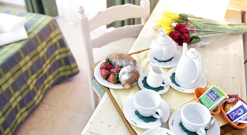 Ontbijt van Hotel Pausania Inn op Sardinie