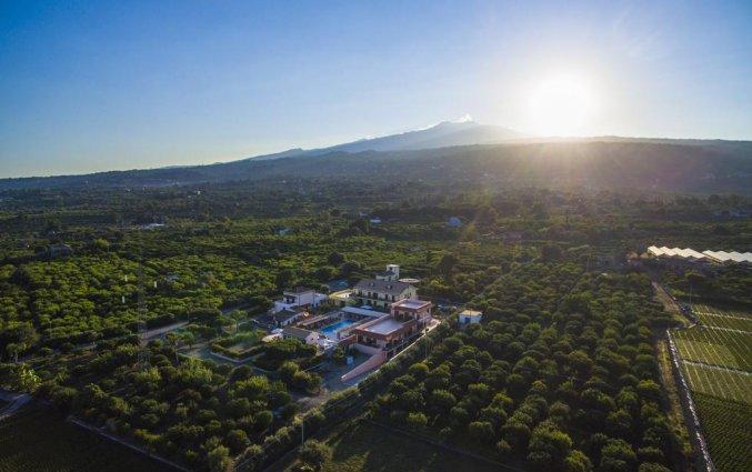 Uitzicht op vulkaan Etna vanuit Hotel La Terra dei Sogni op Sicilie
