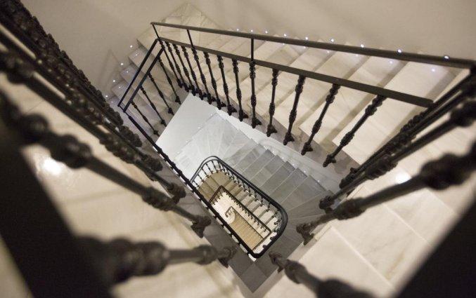 Trappen van hotel Hospes Palau de La Mar in Valencia