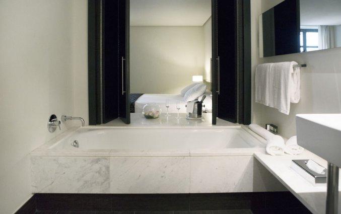 Badkamer van hotel Hospes Palau de La Mar in Valencia