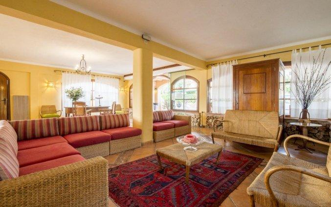 Lounge van Playa Ferrera zonvakantie Mallorca