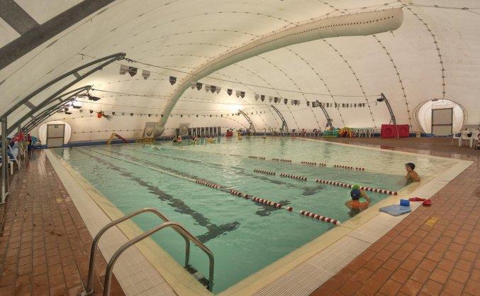 Zwembad van Resort Eden Park in Toscane