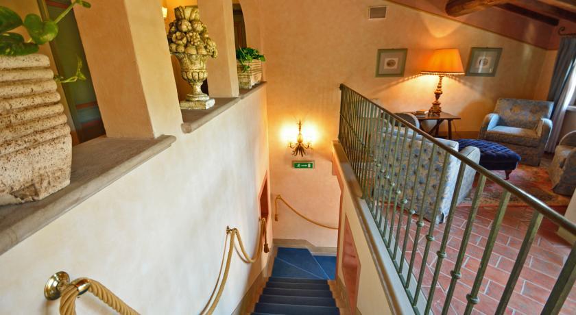 Trappenhuis van Hotel Calamidoro Toscane