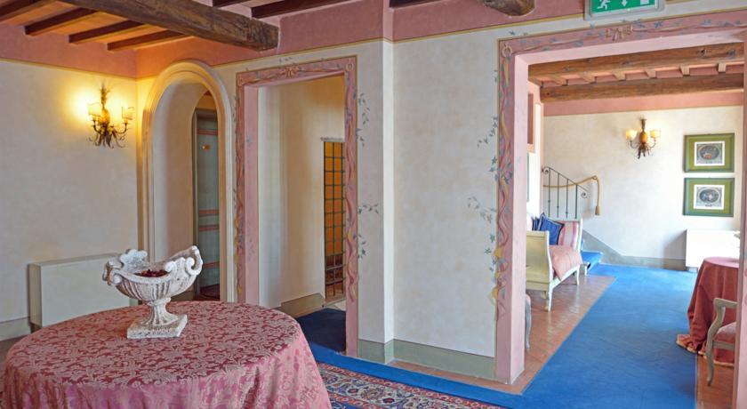 Hal van Hotel Calamidoro Toscane