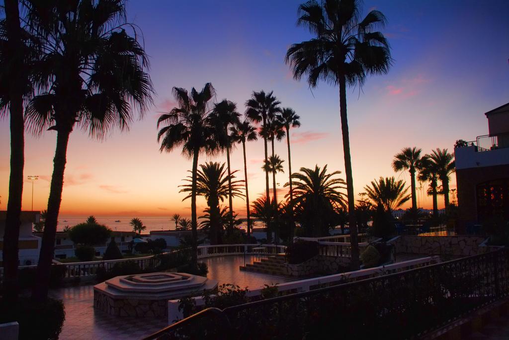 Zonsondergang bij Hotel Club Almoggar Garden Beach in Agadir