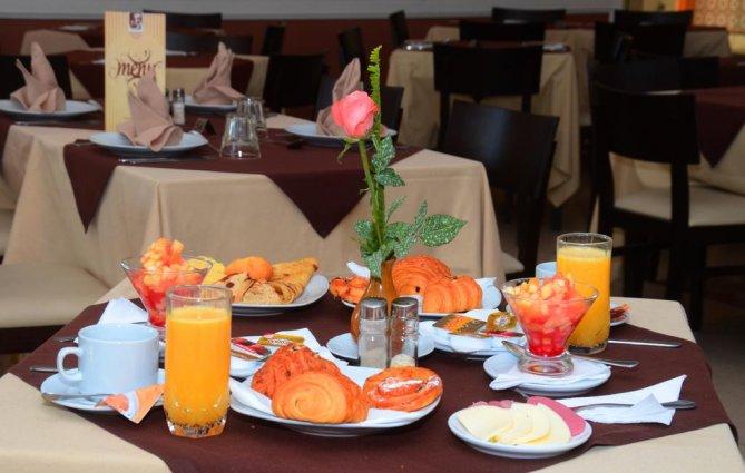 Een ontbijt bij Aparthotel Atlantic Palm Beach Agadir