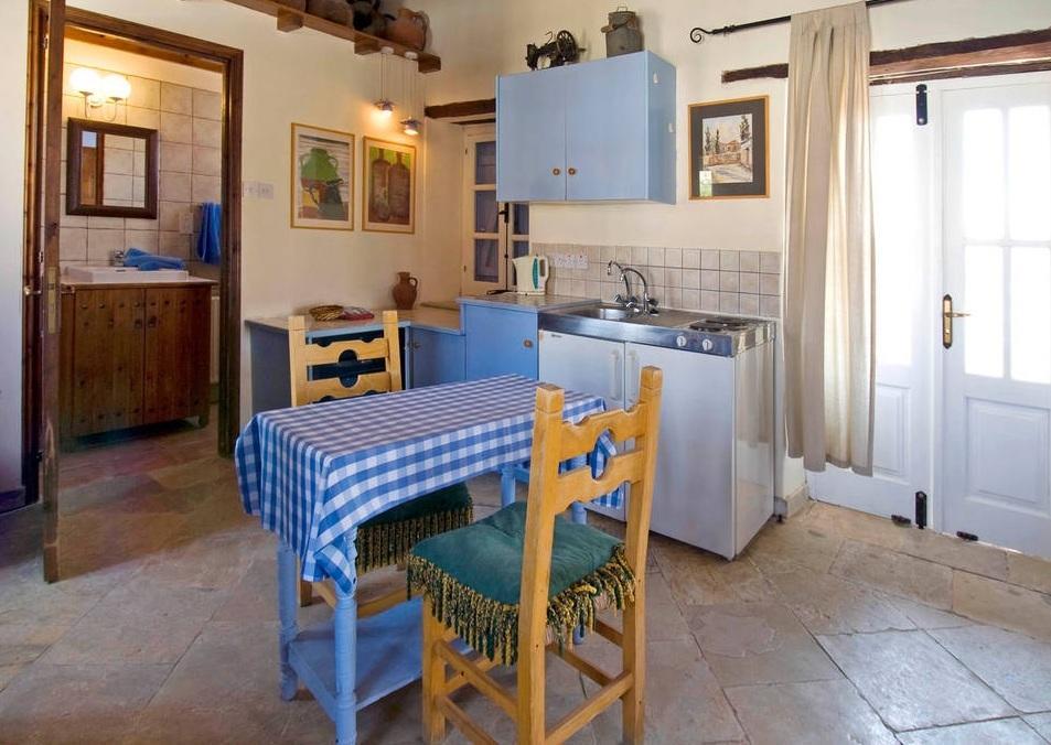 Keuken van Appartementen Cyprus Village