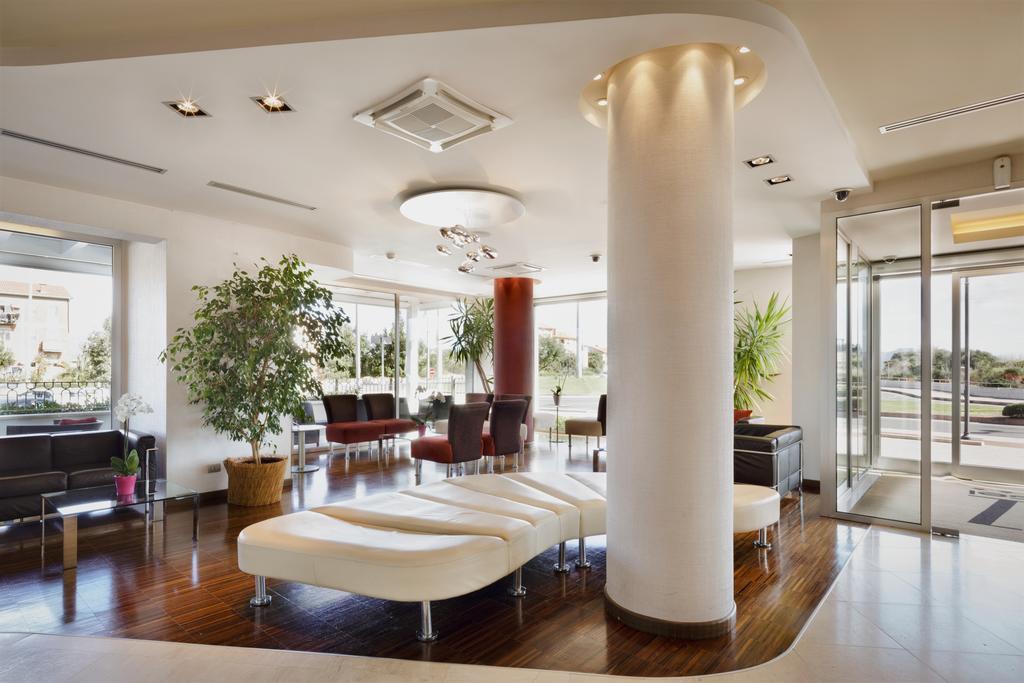 Lobby van Hotel Jazz op Sardinië