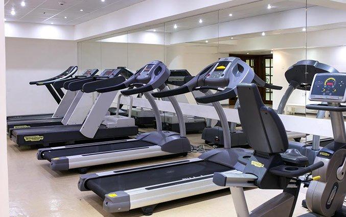 Fitnesszaal van Hotel Golden Bay Beach in Larnaca - Cyprus