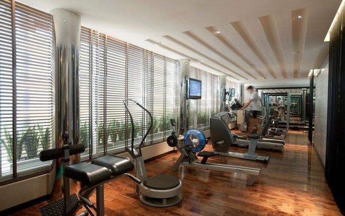 Fitnessruimtevan Hotel Centro Basrha in Dubai