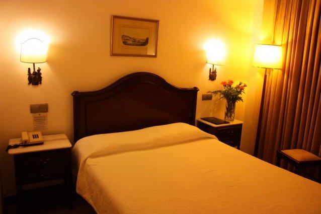 tweepersoonsbed van Hotel Vice Rei Porto