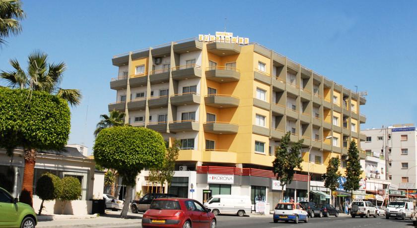 Buitenkant Hotel Sunflower