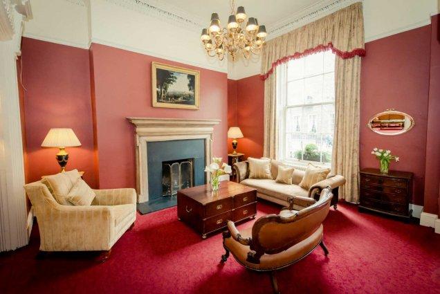 Lounge van Hotel Albany House in Dublin