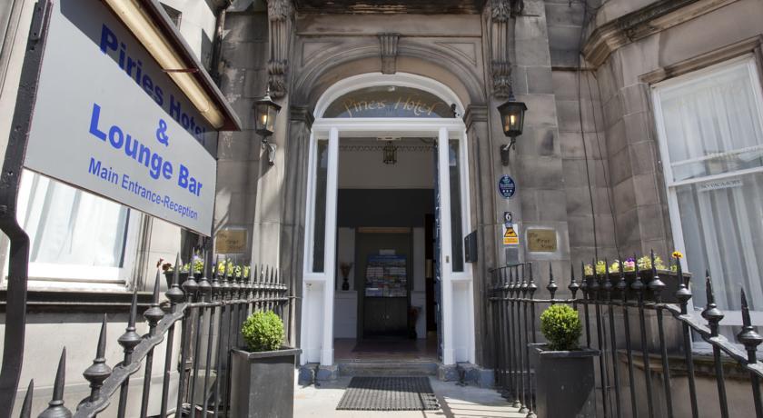 Entree van Hotel Piries in Edinburgh