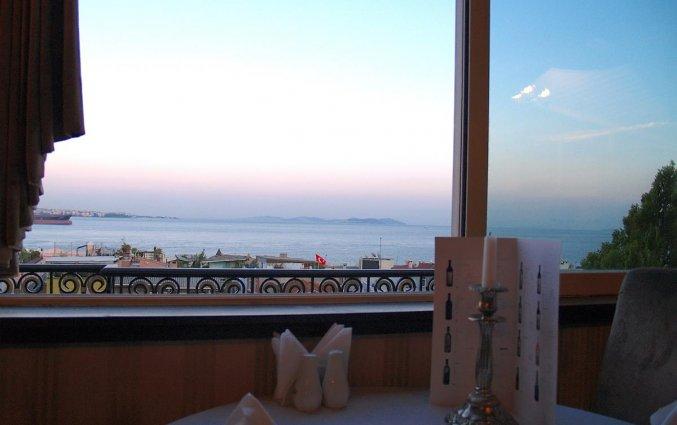 Uitzicht vanuit Hotel Avicenna in Istanbul
