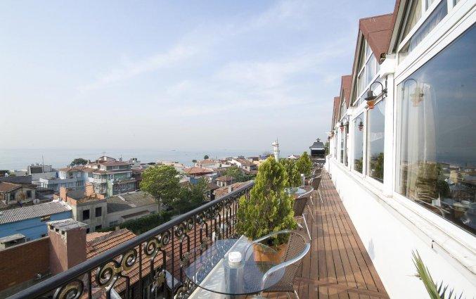 Uitzicht vanaf het terras van Hotel Avicenna in Istanbul