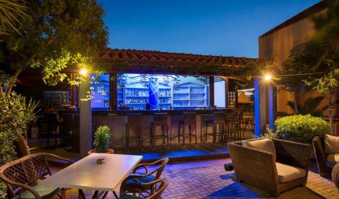 Bar van Aparthotel Nireas Kreta