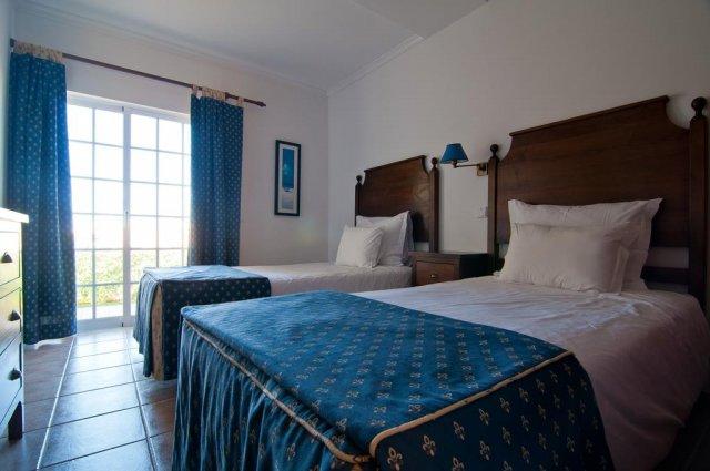 Kamer met bed van Appartementen Villas Barrocal Algarve