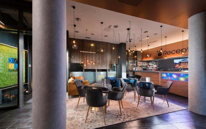 Bar en receptie van Hotel Bo18