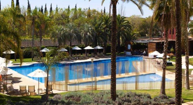 Zwembad Hotel Silken Al Andalus