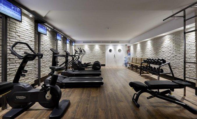 Fitnessruimte van Hotel Delamar in Lloret de Mar