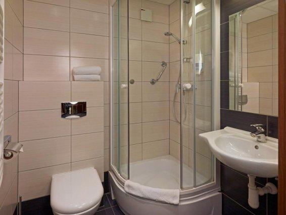 Douche in kamer van Hotel Focus in Gdansk