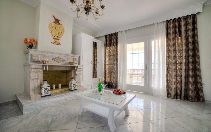 Lounge van Hotel Villa Olympia op Santorini
