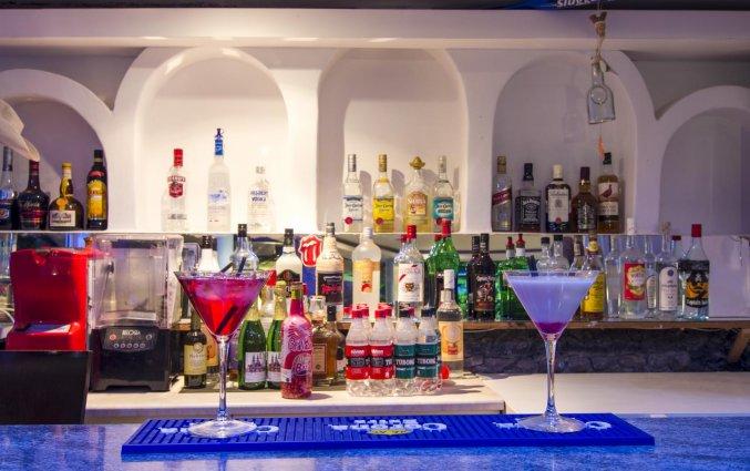 Bar van Hotel Villa Olympia op Santorini