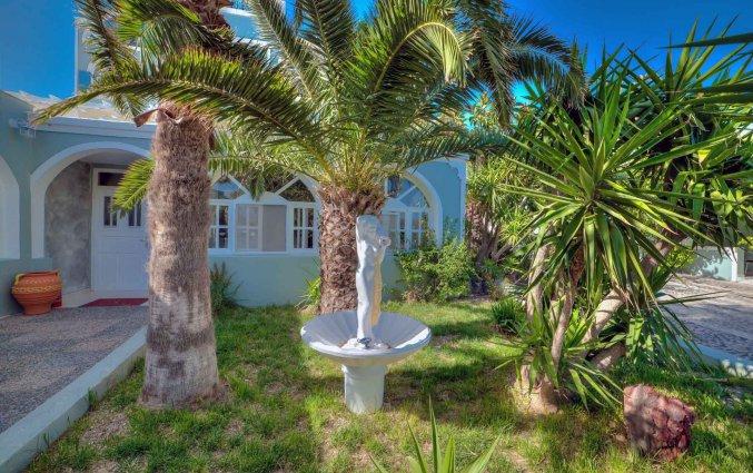 Tuin van Hotel Villa Olympia op Santorini