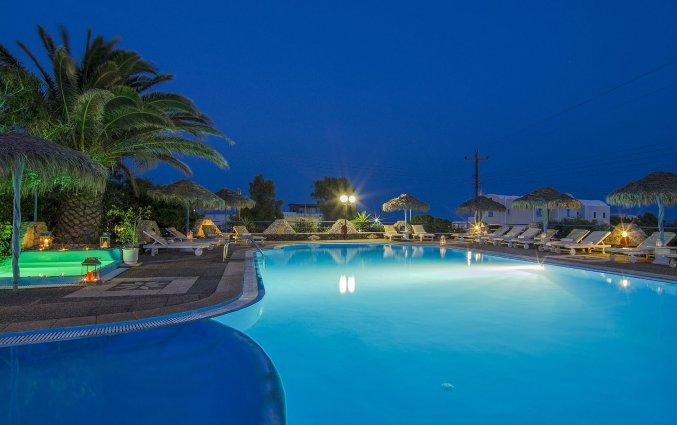 Zwembad van Hotel Villa Olympia op Santorini