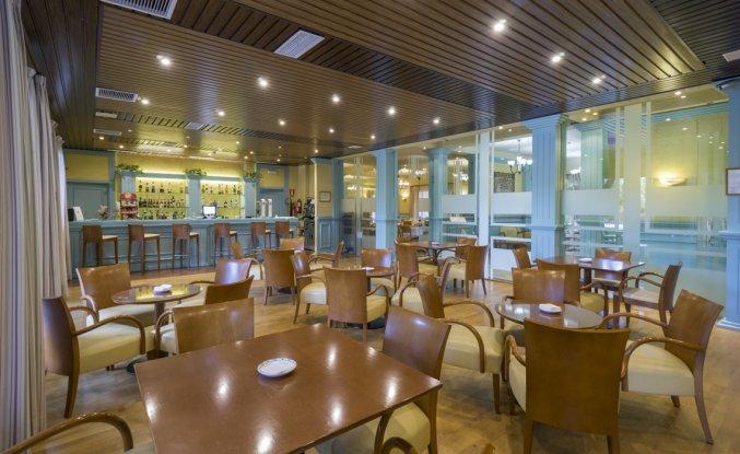 Bar van Hotel MS Fuente Las Piederas in Andalusie