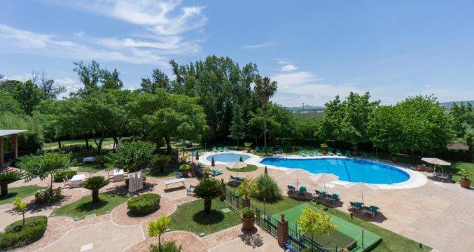 Zwembad van Hotel MS Fuente Las Piederas in Andalusie