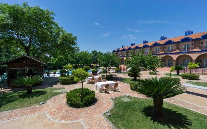 Tuin van Hotel MS Fuente Las Piederas in Andalusie