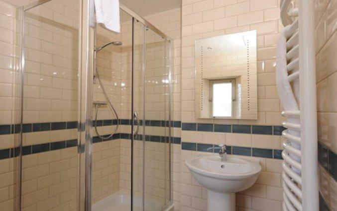 Badkamer van een tweepersoonskamer van Hotel Brooks in Edinburgh