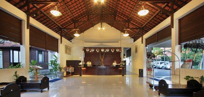 Lobby van Hotel Kuta Lagoon Resort op Bali