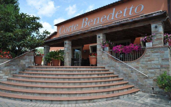 Entree van Hotel Agriturismo Corte Benedetto in Toscane