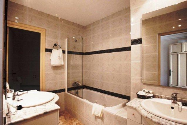 Badkamer van hotel Cap Roig in Platja d'Aro