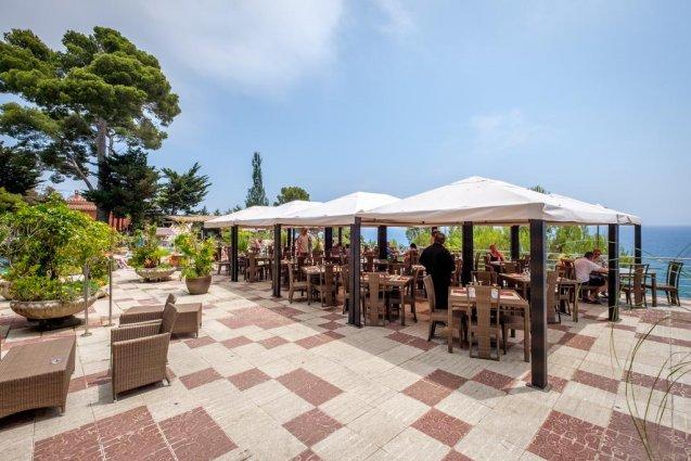 Terras van hotel Cap Roig in Platja d'Aro