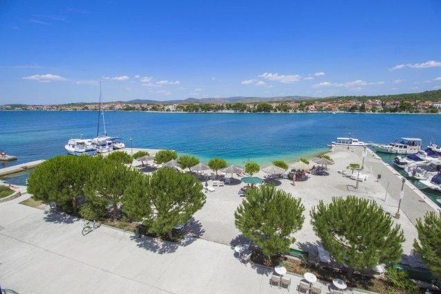 Bovenaanzicht van Hotel Spongiola in Dalmatië