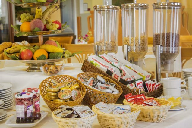Ontbijtbuffet van Hotel Spongiola in Dalmatië